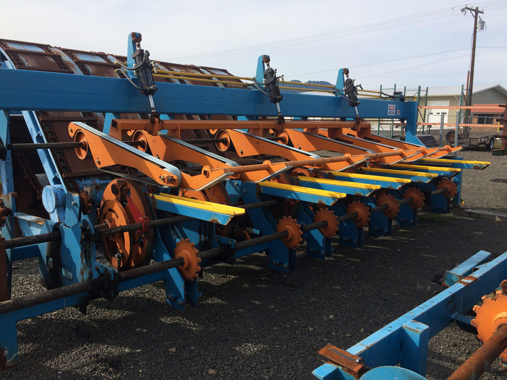 Newnes Revolvers Lug Feeders, 20' Right Hand - $17,500/ea (2 available)